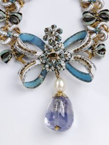 (English) V&A Exquisite Jewels
